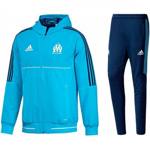 ensemble de foot OM rabais